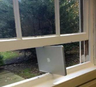Mac now supports windows.